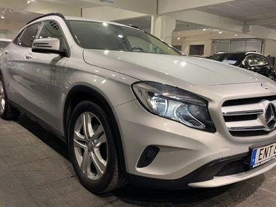begagnad Mercedes 200 GLA Benz7G Euro 6 2015, Halvkombi 199 900 kr