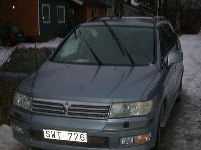 begagnad Mitsubishi Space Wagon 2.4