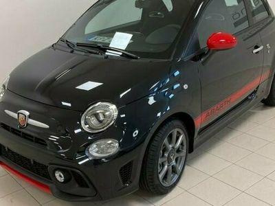 begagnad Abarth 595 Fiat 2021, Halvkombi Pris 179 900 kr