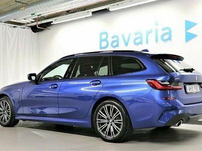 begagnad BMW 330e xDrive Touring M-Sport Navigation Drag HiFi