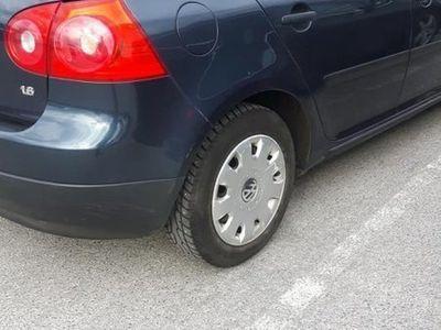 begagnad VW Golf 5-dörrar