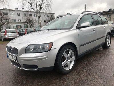 begagnad Volvo V50 2.4 140hk NY BES 13300 MIL