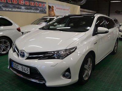 begagnad Toyota Auris 1.8 VVT-i + Touring Skyview Hybr