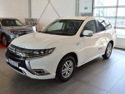 begagnad Mitsubishi Outlander P-HEV 2.4 Laddhybrid 4WD Fleet Edition