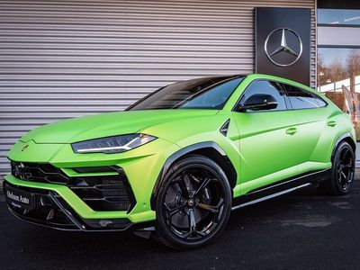 begagnad Lamborghini Urus Exclusive B&O Värmare 650 hk Matt Green