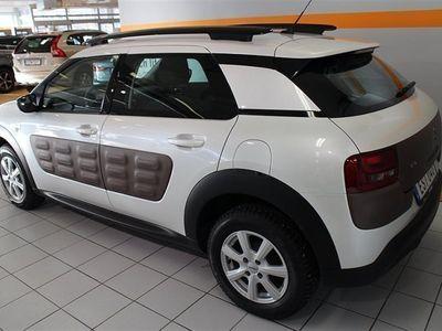 begagnad Citroën C4 Cactus e-HDi Automat