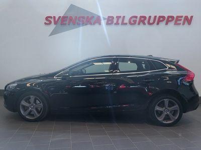 begagnad Volvo V40 D3 Momentum Drag Glastak LM S+V-hjul