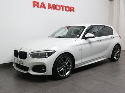 begagnad BMW 118 i M Sport Skinnklädsel Ljuspaket 2019, Halvkombi 179 500 kr