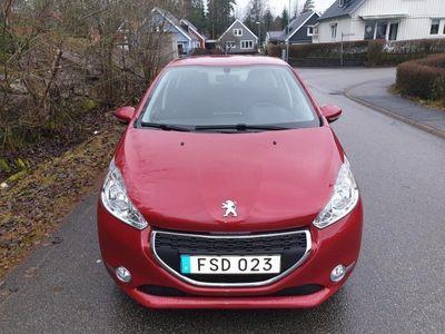begagnad Peugeot 208 5-dörrar 1.2