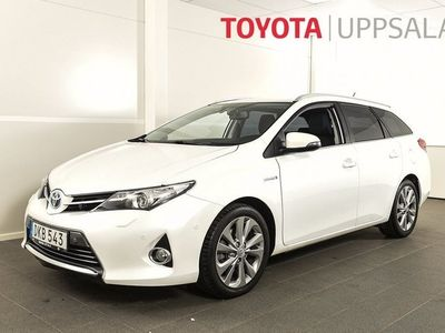 begagnad Toyota Auris Touring Sports Hybrid Kombi 1.8 Elhybrid Executive Navi