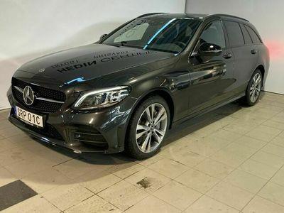 begagnad Mercedes C300 - BenzDE KOMBI / / AMG / / DRAG / / VÄRMARE