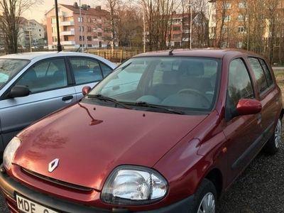 begagnad Renault Clio RT