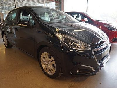 begagnad Peugeot 208 5-dörrar 1.2 VTi Euro 6 82hk Sign -19