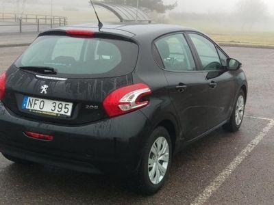 begagnad Peugeot 208 5D Active 1,2 VTi -12