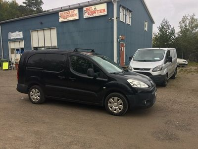 begagnad Peugeot Partner 1,6 HDi 90HK 3-Sits
