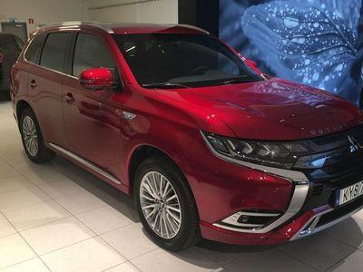 begagnad Mitsubishi Outlander PHEV Business X köp till vinterhjul + Serviceavtal för 9900:-