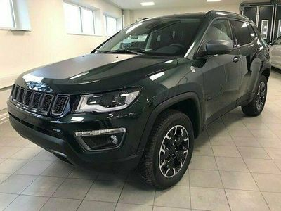 begagnad Jeep Compass PHEV TRAILHAWK 1.3L GSE 240 HK AT6 4XE