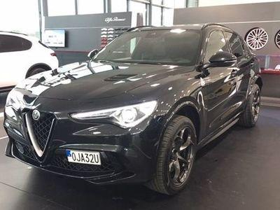 """begagnad Alfa Romeo Stelvio QUADRIFOGLIO NYINKOMMEN """"FULLUTRUSTAD"""" (DEMOBIL)"""