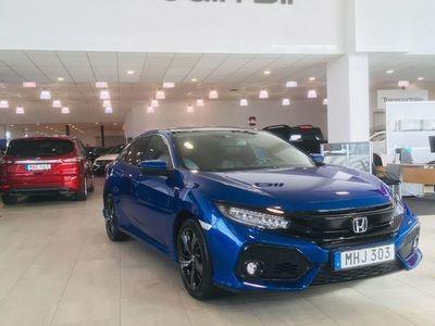 begagnad Honda Civic 1,0 129 hk Executive Premium Navi 5dr / vinterhjul