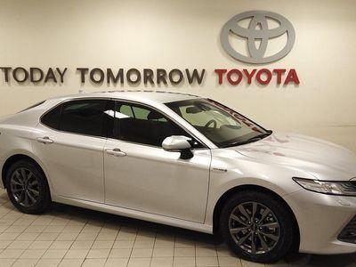begagnad Toyota Camry Hybrid executive