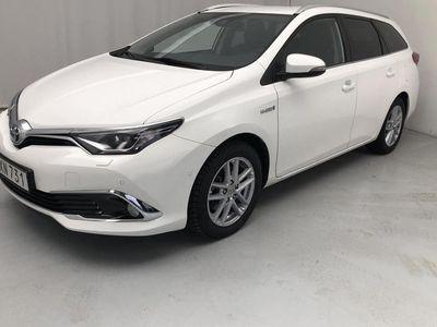 begagnad Toyota Auris 1.8 HSD Touring Sports