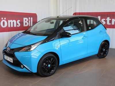 begagnad Toyota Aygo 5-dörrar 1.0 X-CITE BI-TONE Vinterhjul
