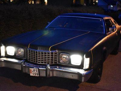 begagnad Ford Thunderbird 460