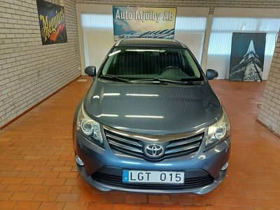 begagnad Toyota Avensis T27