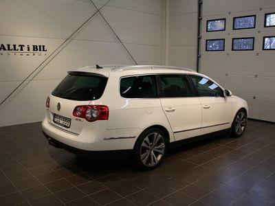 begagnad VW Passat Variant 2,0 TDI (170 hk) Automat
