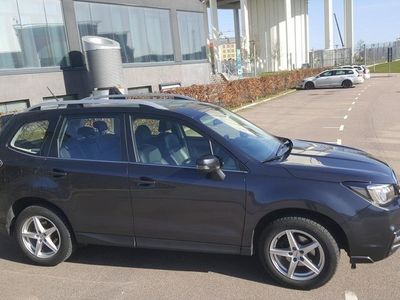 begagnad Subaru Forester 2.0i XE 4WD X-MODE, Läder