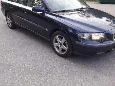 used Volvo V70 -02