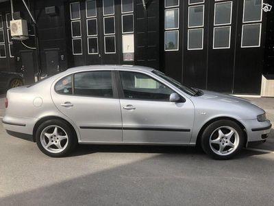 brugt Seat Toledo 2.3 VR5 SPORT 150hk -00