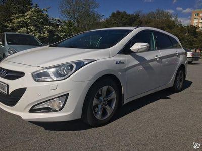 usado Hyundai i40 1,7 136hk -12