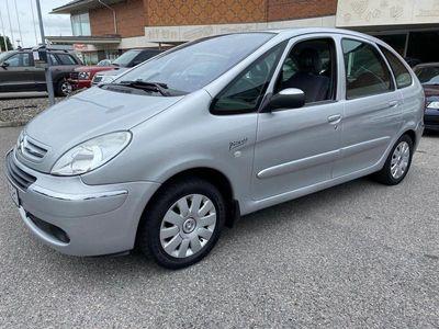 begagnad Citroën Xsara Picasso 1.6 109hk lågmil FINTSK