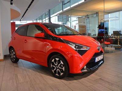 begagnad Toyota Aygo 1.0 5D MM/T X-Play Style Pack Aut