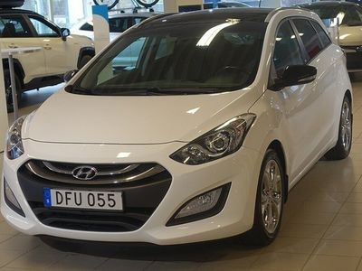 begagnad Hyundai i30 CW 1.6 GDI GO! PANORAMA V-HJUL