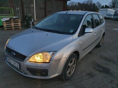 begagnad Ford Focus Kombi 1.8 Duratec Flexifuel besikt