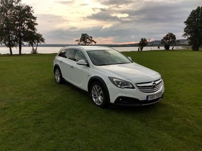 begagnad Opel Insignia Country Tourer 4x4 163hk