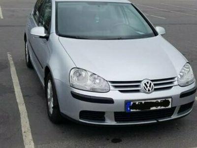 begagnad VW Golf V +5 dörrar 1.6