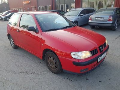begagnad Seat Ibiza 3-dörrar 1.4 Ny besiktad