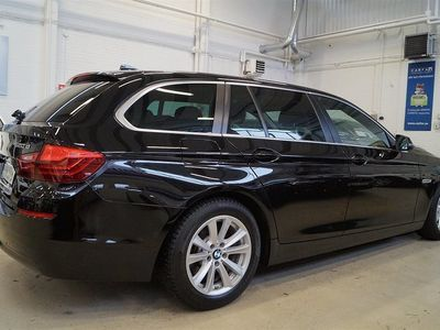 begagnad BMW 520 dA 190hk X-Drive Comfort / Webasto