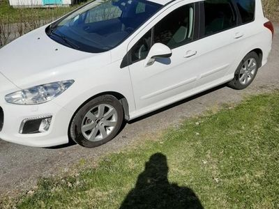 begagnad Peugeot 308 SW 1.6 e-HDi