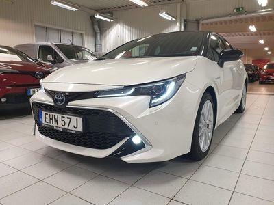 begagnad Toyota Corolla 1,8 Hybrid Executive Bi-tone / Navigation