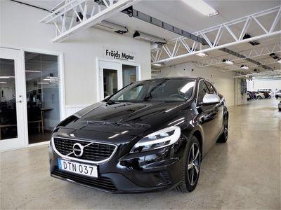begagnad Volvo V40 2,0 T3 Momentum, R-Design Euro 6 152hk Drag Halvko