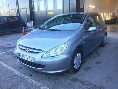 begagnad Peugeot 307 5-dörrar 2.0 XR 136hk NY koppling