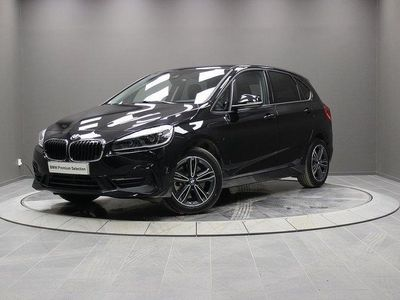 begagnad BMW 225 Active Tourer xe Model Sport Parking