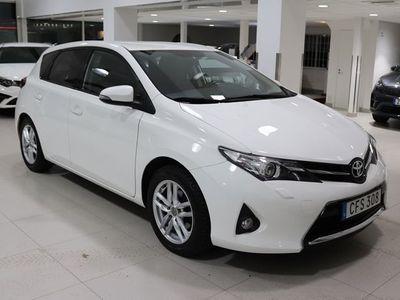 begagnad Toyota Auris 1.6 132hk Edition 50 D-krok Navi B-kam