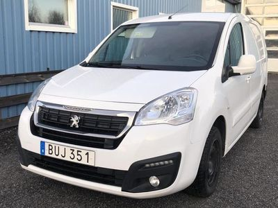 begagnad Peugeot Partner 1.6 BlueHDI Skåp