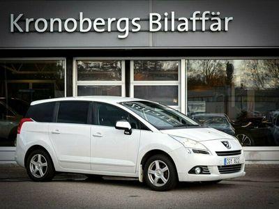 begagnad Peugeot 5008 1.6 HDi FAP 7-sits 111hk * DRAGKROK*