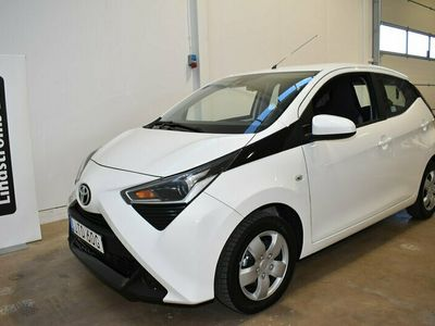 begagnad Toyota Aygo 1.0 5-dörrar Vinterhjul X-Play Nybilsgaranti VIDEO